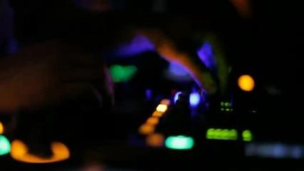 Pitsi Aveen ft. Mary D - I Need You