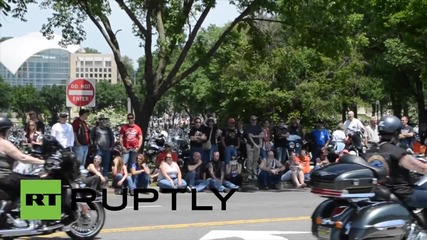 USA: Thousands of bikers hit Washington for Rolling Thunder veteran memorial rally