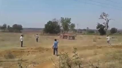 Тракторчето Направо Полудя