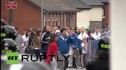 Великобритания: Полицията използва водни оръдия срещу протестиращи в северен Белфаст