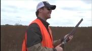 Истински ловец с ръце , дори не използва пушката си !