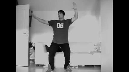 Момче с невероятни танцови умения ( част 4 )