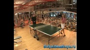 Goli i smeshi - Гола във фитнес залата - 4