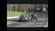 Голям Смях - Двама Тъпаци Обират Бронирана Кола