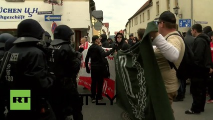 Germany: Arrests made as scuffles break out during nationalist march in Saalfeld