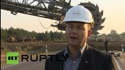 Germany: Monster 3,000-ton excavator rumbles through E. Germany