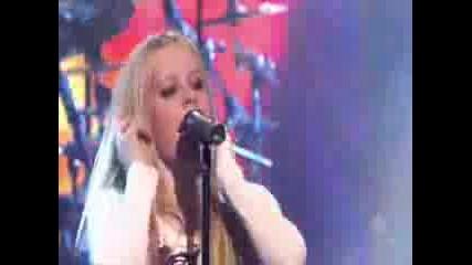 Avril Lavigne - Runaway [live]