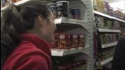 Съдби на кръстопът (04.03.2015) 19-годишна майка, подложена на системен тормоз от работодателя си