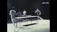 Как Брус Ли Играе Тенис На Маса