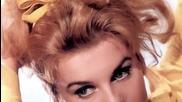 Elvis Presley - Love Me Tender / Обичай Ме Нежно / + bg превод