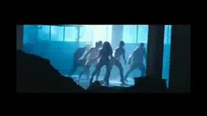 Preeya Kalidas ft. Mumzy Stranger - Shimmy Official Video