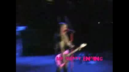 Avril Lavigne - My Happy Ending Live