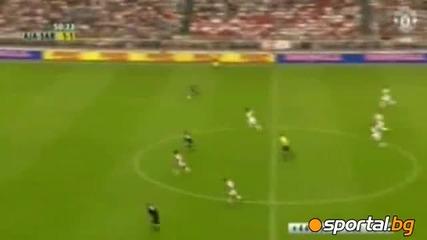 Едвин ван дер Сар се сбогува с футбола с победа