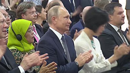 Singapore: Putin lays foundation stone for Russian Cultural Centre and Orthodox Church