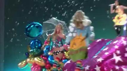 Katy Perry - Teenage Dream and California Gurls on Victorias Secret Show