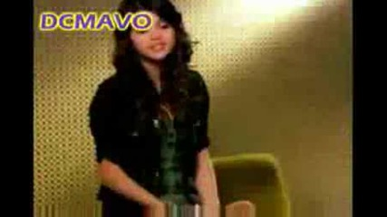 Selena Gomez And The Cast Of Wizards Of Waverly Place Give Fashion Tips.avi