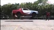 Прескочи въжето с кола