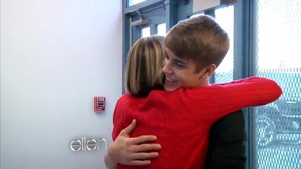 • Най - сладкия Коледен жест • Джъстин посещава училище в нужда