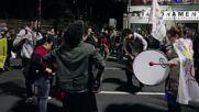Brazil: Anti-Temer protesters burn bins in Porto Alegre after Rousseff's removal