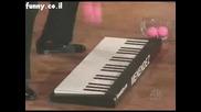Пианист Свири С Топки