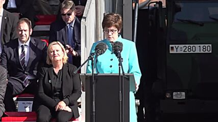 Germany: Merkel and DefMin AKK honour soldiers involved in Afghan evacuation