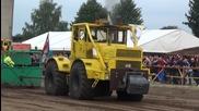 Руски трактори Кировец k700 демонстрират мощ !