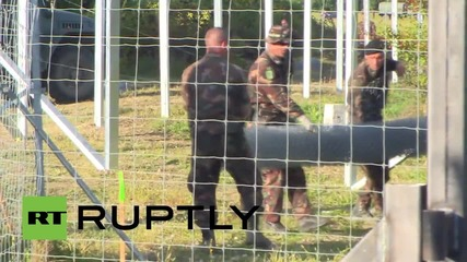 Croatia: Refugees enter Hungary as fence construction continues