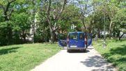 Кола в Морската градина във Варна