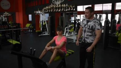Фитнес тренировка в залата за начинаещи - Жени 1 част