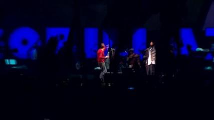 Едно от най-добрите изпълнения на концерт на живо, със специална изненада за публиката