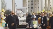 Pope Finally Gets His Pizza _ Albeit Hand-delivered to His Vehicle During Drive Through Naples