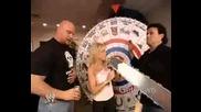 Stone Cold & Eric Bischoff - Състезание по Уригване - Wwe Bad Blood 2003