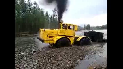 Мощта на K-700 Кировец