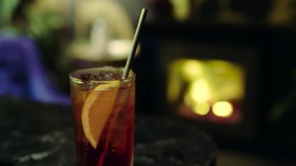 Ейдриън Ричардсън | Коктейл