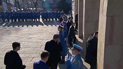 Serbia: Putin, Vucic take part in wreath laying ceremony in Belgrade