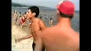Тутурутка - Митничар в морето