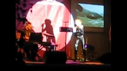 Лили Иванова пее на откриване на Технополис - София - 1ва част