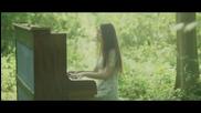 *превод* Jasmine Thompson - Run /official Music Video