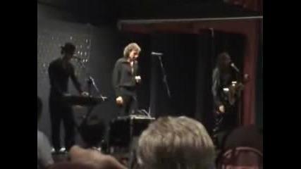 Tribute to Bee Gees - Emotion - част - на живо - с Деян Неделчев - 2007