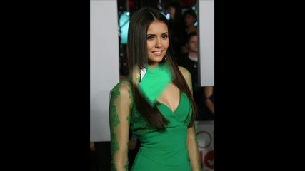 Nina Dobrev People's Choice Awards - Hit the lights