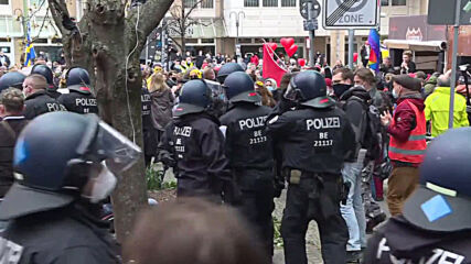 Germany: Several arrested as anti-lockdown protesters gather in Berlin