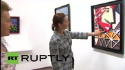 Russia: Nicolas Sarkozy's father exhibits his paintings in Moscow