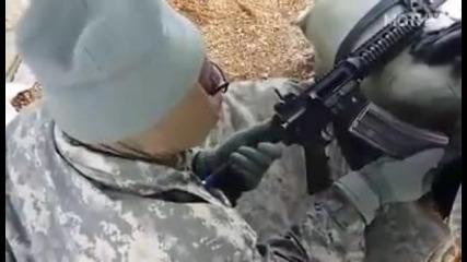 Много глупав американски войник
