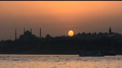 Dj Volkan Uca Merih Gurluk - Istanbul Consoul Trainin (official Video)