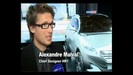 Автоизложение - Париж 2010 - Рено