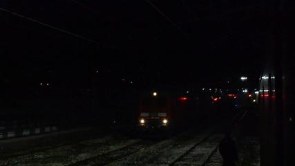 86 020 с 86 015 с медния влизат в гара Карлово