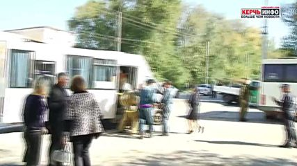 Russia: Injured victims carried away from site of Kerch terror attack