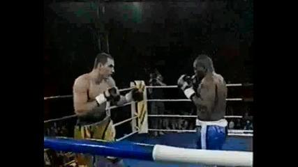 Владимир Кличко Срещу Марк Йънг 12 04 1997
