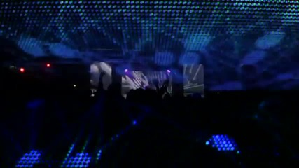 Flux Pavilion feat. Example - Daydreamer ( Official Video)