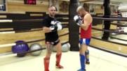 Основни удари с колена в муайтай с Веселин Веселинов